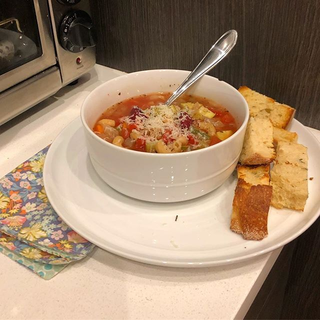 Hello, here is a photo of my soup.  It is not a good photo, but I would like to share with you that it is extremely delicious!  It's the Crockpot Minestrone from @twopeasandpod ! I didn't change a thing, and it's just excellent.  Go make it now and freeze some for later. Ok bye.  #gomakethesoup #twopeasandtheirpod #minestrone #badphotosoffood