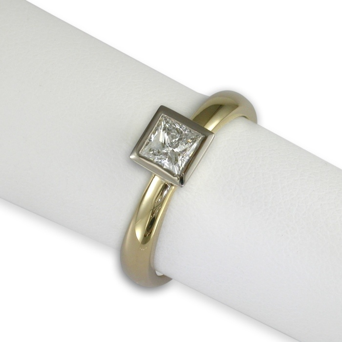 Jens Hansen  PRINCESS. 18ct gold ring set with a .40ct princess cut diamond. Approx price $3995