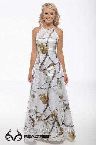 Realtree Snow Camo Wedding Dress  #realtreecamo #camodresses
