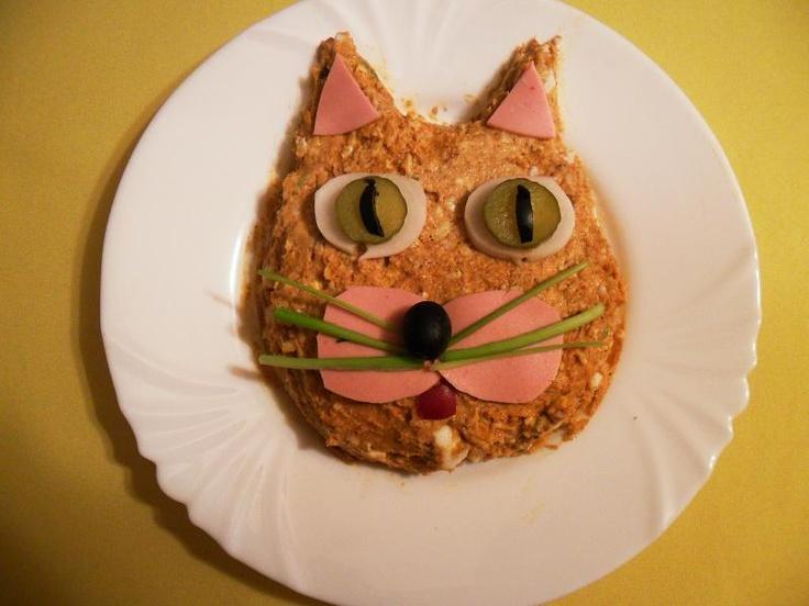Macskafej alakú töpörtyűkrém - elkészítés, hozzávalók   Villásreggeli recept - villásreggeli készítés