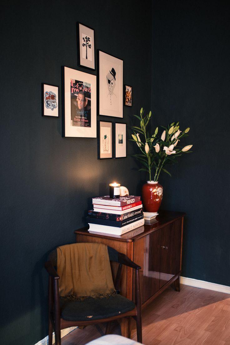 die besten 17 ideen zu dunkelgr ne w nde auf pinterest dunkelgr ne zimmer gr ne schlafzimmer. Black Bedroom Furniture Sets. Home Design Ideas