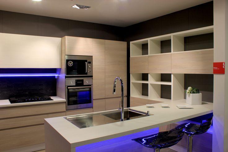 56 best Cucina - Kitchen images on Pinterest   Contemporary unit ...