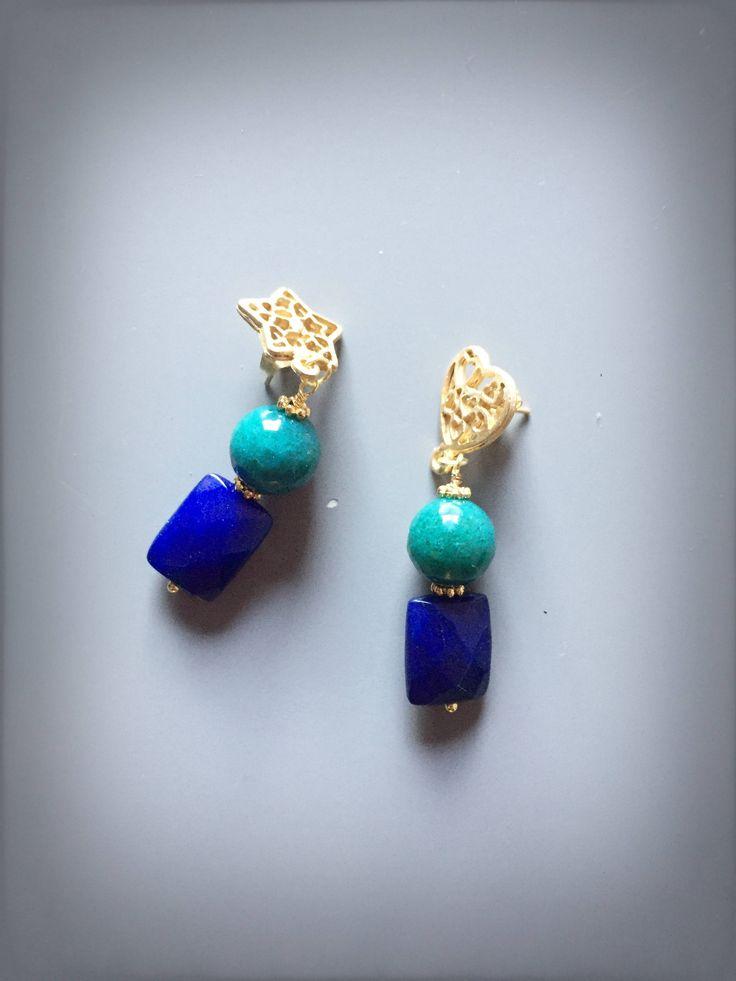 Orecchini pendenti con giada azzurra agata blu cuore dorato e stella dorata di LesJoliesDePanPan su Etsy