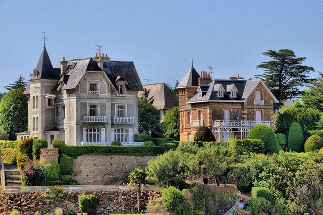 Villas 19ème à Dinard