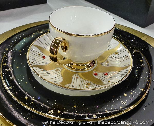 Day & Night Luxury China Dinnerware - Prouna's Jewelry Collection: Artists, Teas Tables, 600 491 Pixel, Elegant Dining Entertainment, Luxury China, Jewelry, Night Luxury, China Dinnerware, Elegant Tables