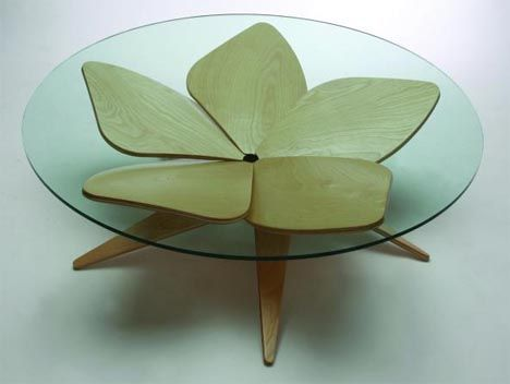 organic-wood-curved-table-design