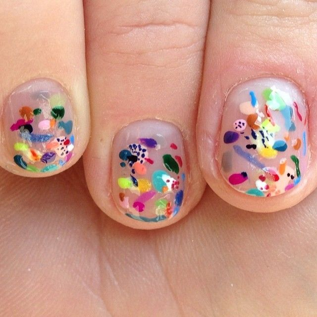 You can play Kandinsky on you nails! ____ For Beauty, Health and Fitness, pls follow my other pinterest: https://www.pinterest.com/reserveline/pins/ #cartonmagazine