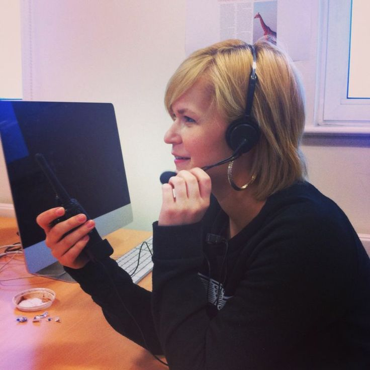 This is Shannon Hards, our Convergence Co-ordinator. Looking and feeling like Britney Spears with that headset! http://buzz.bournemouth.ac.uk/
