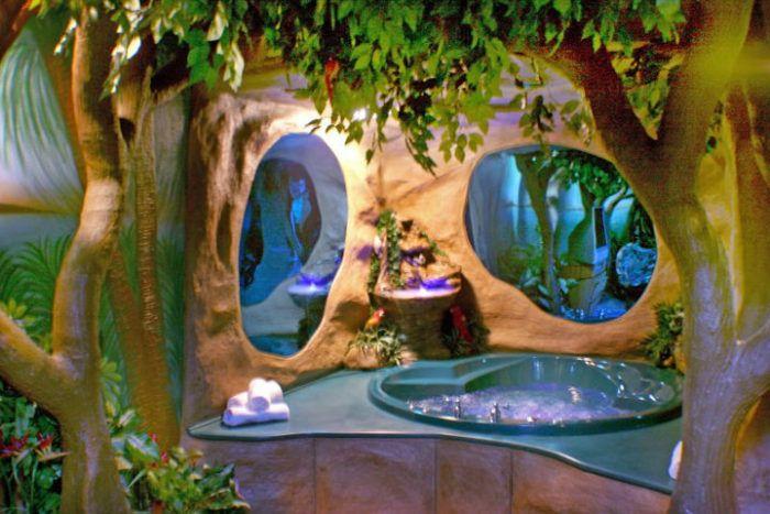 Fantasy Hotel Rooms In Des Moines Iowa