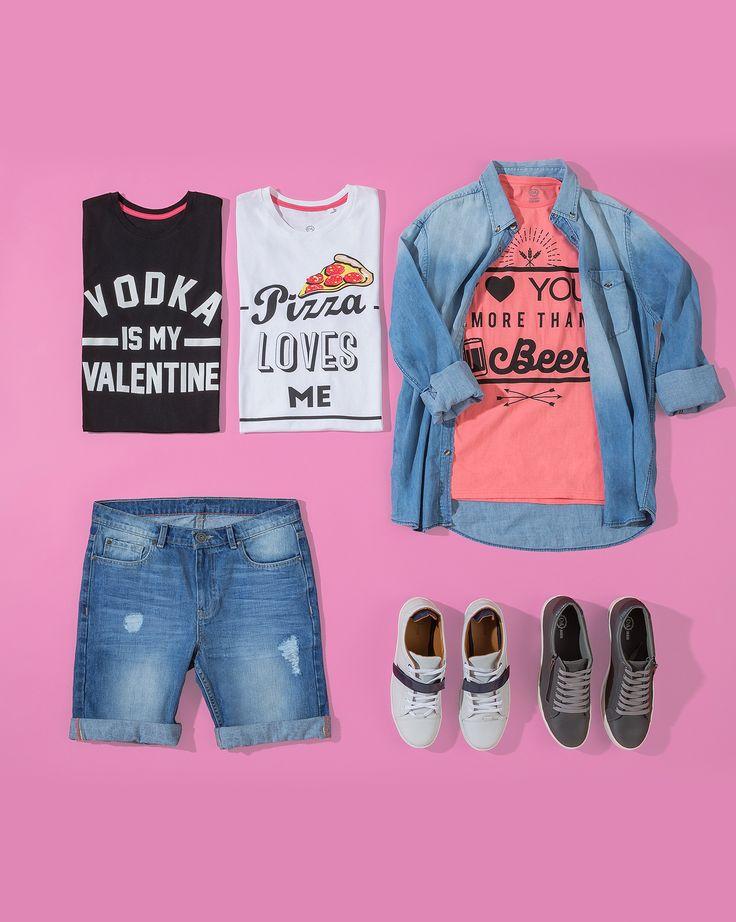 Shorts $349, T-shirt $99 c/u, Camisa (consultar precio en tienda), Tenis (consultar precio en tienda)