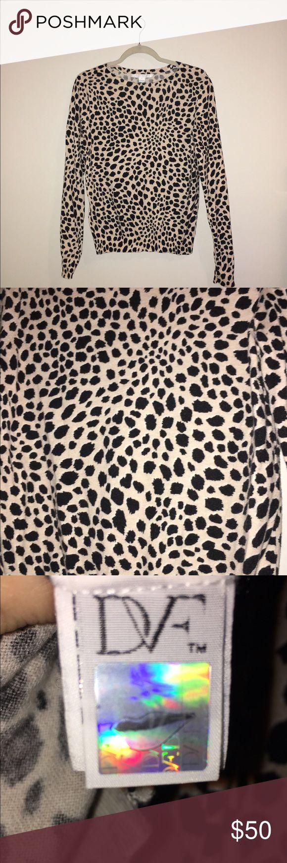 Diane Von Furstenburg Leopard Pullover Diane Von Furstenburg Leopard Pullover. Size large but fits a medium nicely. Great condition. 80% cotton, 20% silk Diane von Furstenberg Sweaters Crew & Scoop Necks