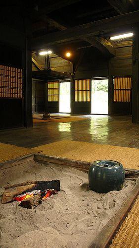 日本家屋、古民家、囲炉裏、畳
