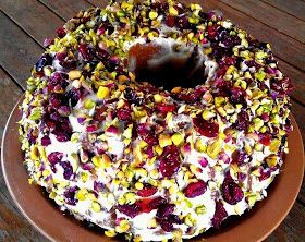 Μμμμμμμμμμμμ...: Κέικ με κράνμπερι (cranberries) και φιστίκια Αιγίνης!!!
