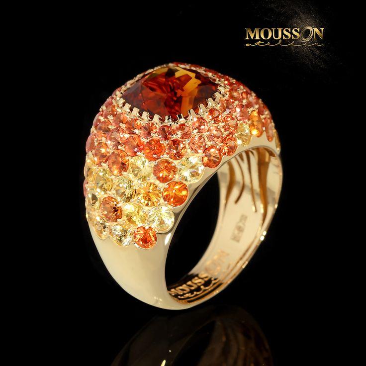 Коллекция Riviera // Riviera collection 18K gold✔️ Citrines✔️ Sunshine☀️ ✔ ️ Last day of summer  Please call: +7 (495) 663-37-07, 8 (800) 301-10-58 E-mail: info@moussonatelier.com More on http://www.moussonatelier.ru/en/collection/riviera/  #riviera #rivieracollection #jewelry #jewellery #diamonds #gold #18k #ювелирныеукрашения #бриллианты #moussonatelier #mousson #mousson_atelier #wearecouture #thisiscouture #earrings #серьги #украшения #подарки #драгоценности #design #jewelrydesign…