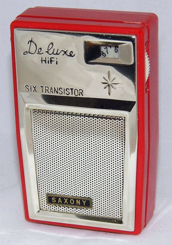 Vintage Saxony Deluxe HiFi 6-Transistor Radio, No Model Number, Made In Japan.