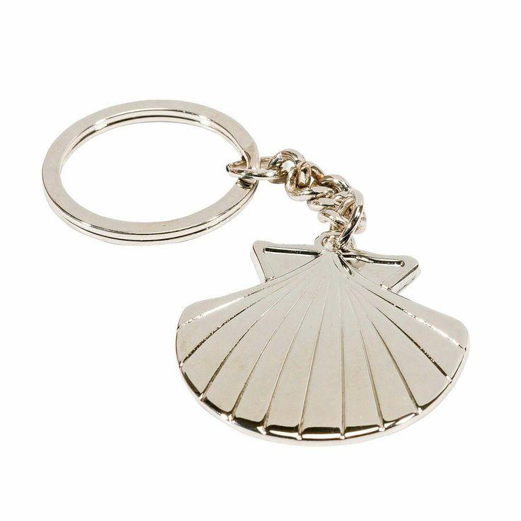 Wundervoller Schlüsselanhänger in Form der #Jakobsmuschel - Schöner Begleiter für #Wallfahrt und #Pilgerreisen ...