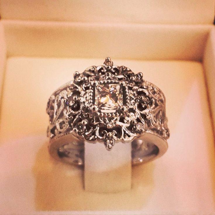 Jenna Clifford antique ring