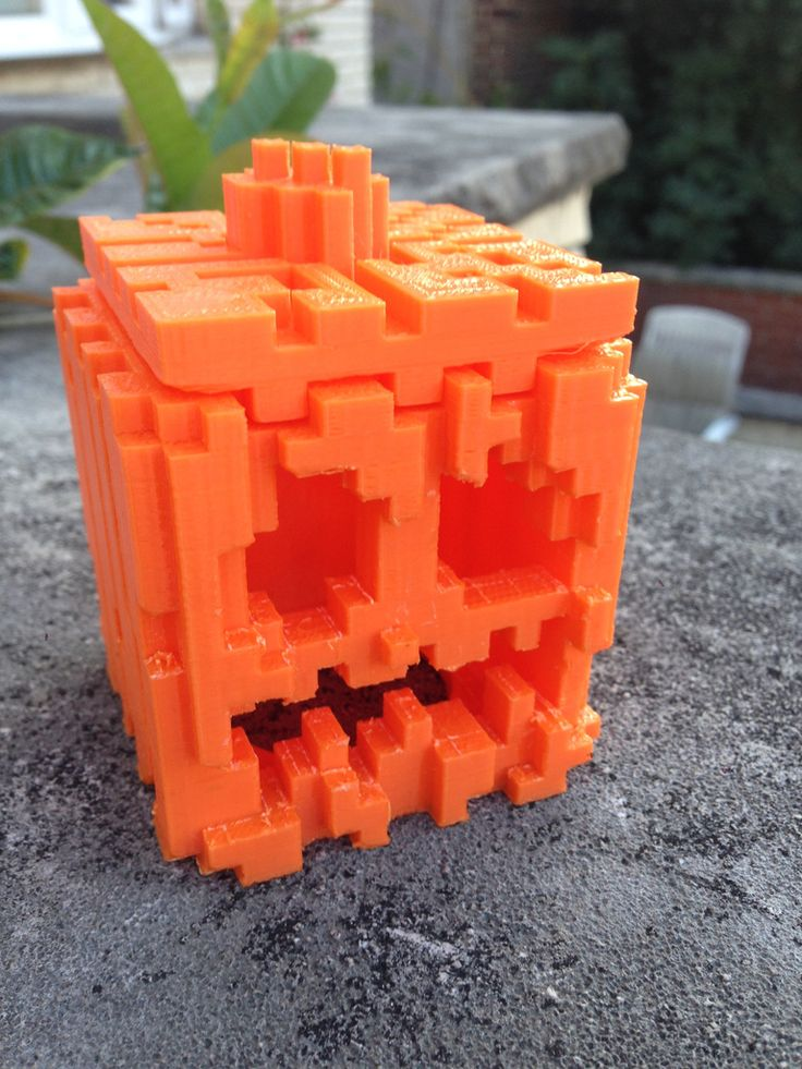 Minecraft Pumpkin and Jack-o-lantern improved by scottrlindsey http://thingiverse.com/thing:488574