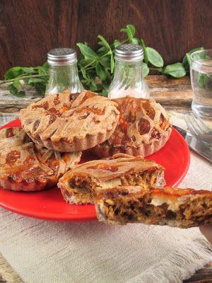 Marhahúsos NoCarb pite (paleo) maradékok felhasználására (kacsasült,sültek,pörkölt,batátapöré,zöldségek) receptet nem akartam újra leírni megtaláljátok a belinkelt oldalon Hozzávalók: 4 db mini pite pite tészta recept