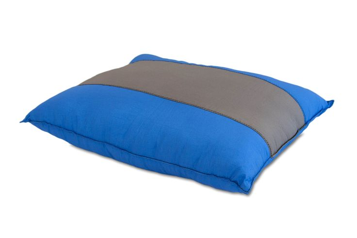 ENO Eagles Nest Outfitters - ParaPillow, Charcoal/Royal. COMFORT AND LUXURY OUTDOORS - This durable pillow is made from soft nylon and high loft fill will provide nothing but comfort and offering the same luxury outdoors as you would at home in your bedroom. SOFT, BREATHABLE WOVEN NYLON - The ParaPillow is crafted from 70D High Tenacity Nylon Taffeta, the same soft material our hammocks are made from. AVAILABLE IN A VARIETY OF FUN COLOR COMBOS - The ParaPillow is available in a variety of...
