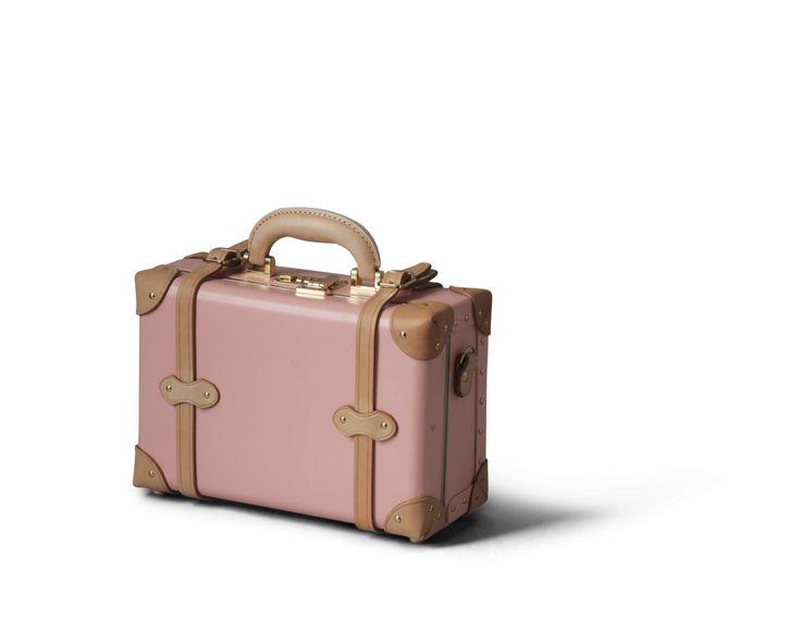 The Correspondent Vanity Case in Pink | Steamline Luggage