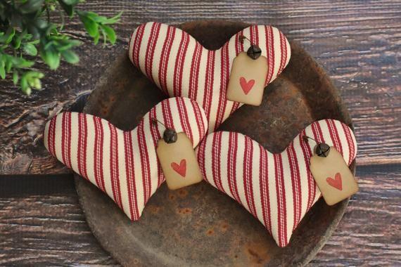 Primitive Heart Bowl Fillers ~ Homespun Fabric ~ Farmhouse Ornies ~ Patriotic Americana Tucks