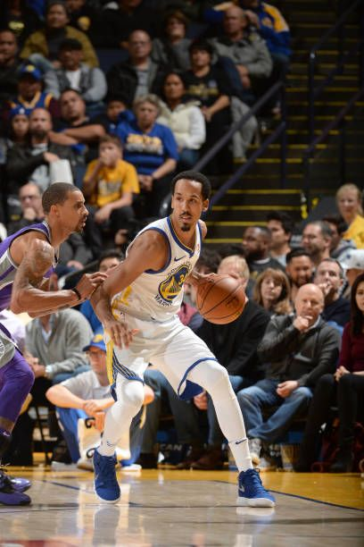 Shaun Livingston of the Golden State Warriors handles the ball against the Sacramento Kings on November 27 2017 at ORACLE Arena in Oakland California...