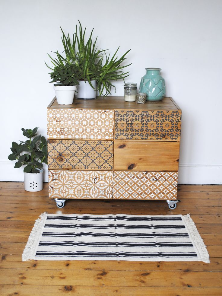 Pine drawers with a selection of my stencils on the drawer fronts. As seen in Reloved magazine #stencil #reloved #paintedfurniture #nicolettetabramstencils