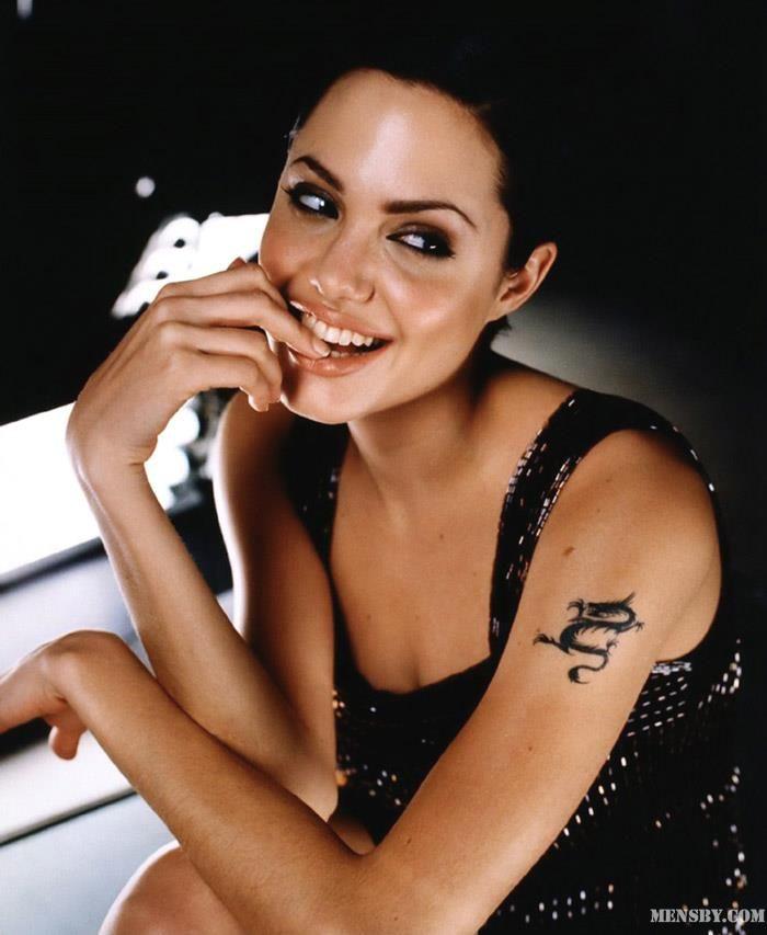 #макияж #улыбка #счастье #любовь   Лучший макияж — улыбка, лучший косметолог — счастье, а лучший доктор — любовь.