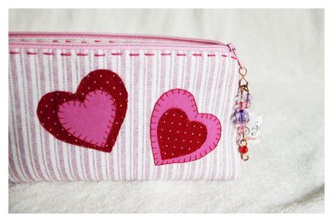 szívecskés nesszeszer, SaghyMuhely, meska.hu #valentin #heart #dressing #case