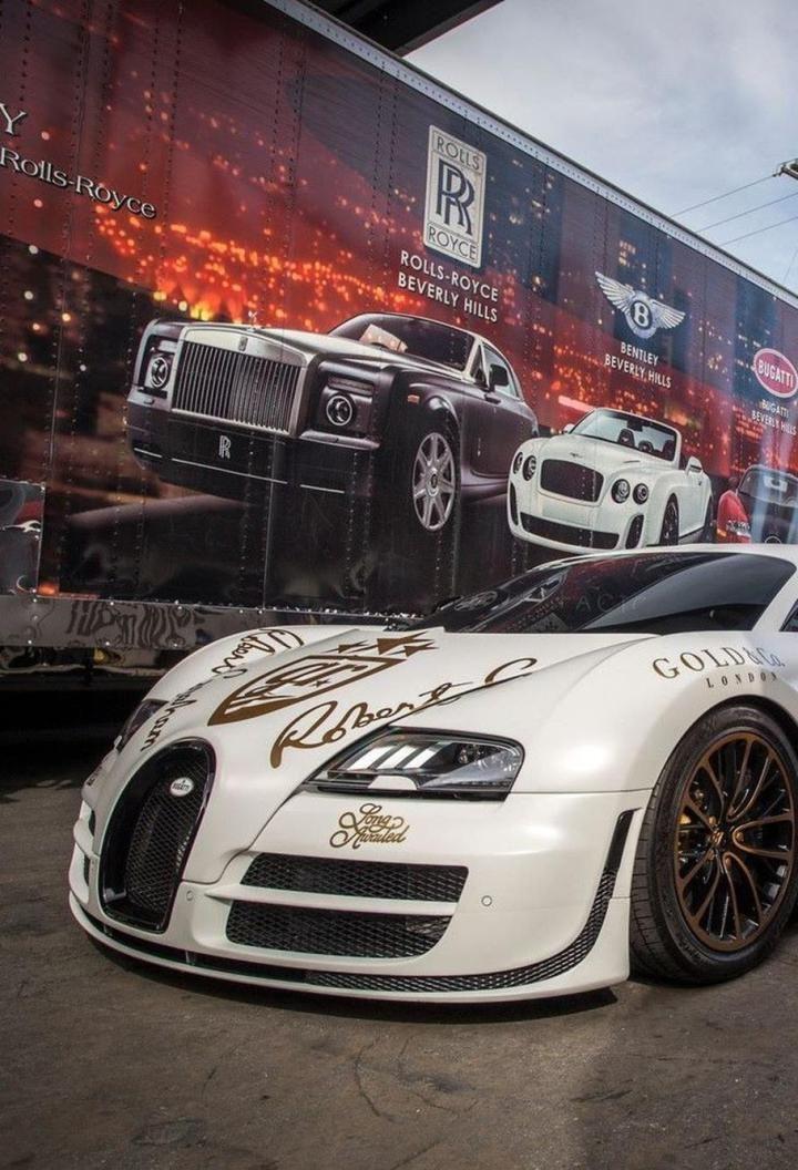 Futuristische luxusyachten  Die besten 25+ Bugatti car price Ideen auf Pinterest ...