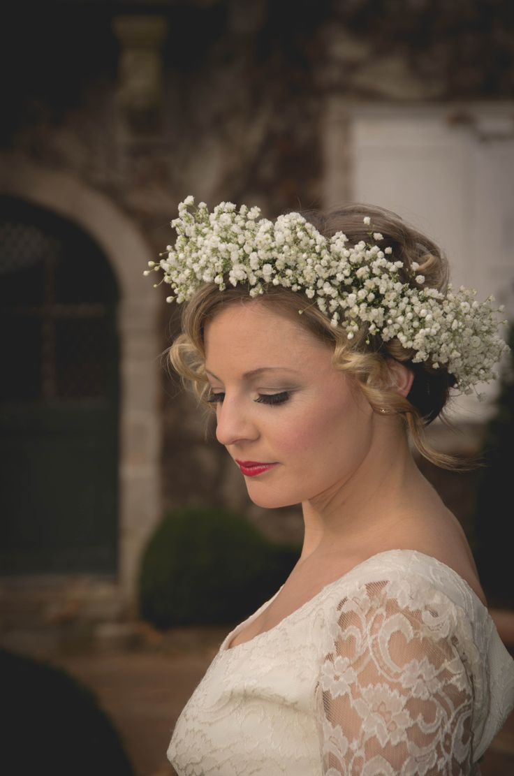 Classic gypsophilia circlet by Le Coeur Sauvage. Photography by Innate Form Photography, Make up by Samantha Matthews Make up artist and hair by Emma Lousie hairstylist.