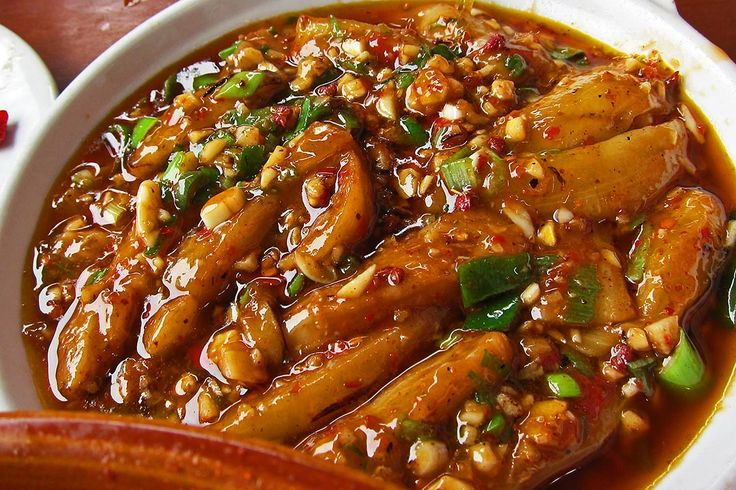 Fish-fragrant eggplant or 鱼香茄子, is a signature dish in Sichuan cuisine. Don't get confused by the name, there is no fish in this dish, not even fish sauce.