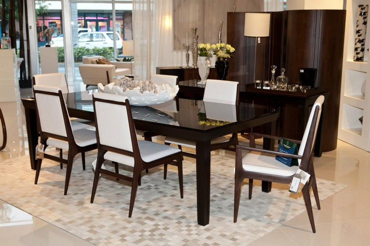 Saccaro USA Showroom In Midtown Miami Dining Room Set