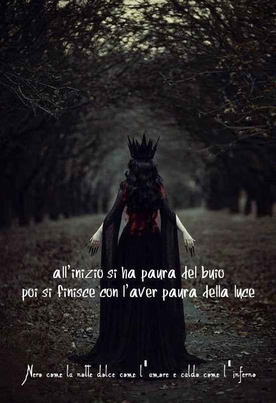 Nero come la notte dolce come l'amore caldo come l'inferno: All'inizio si ha paura del buio, poi si finisce co...