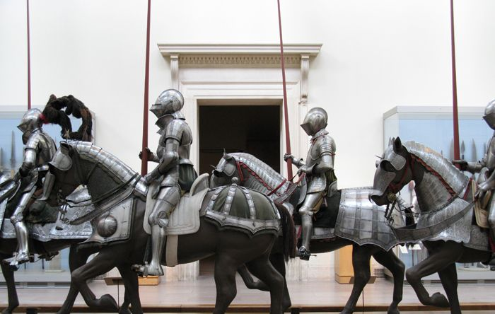 Armor for Man and Horse (Germany) (1548)a.jpg (700×444)