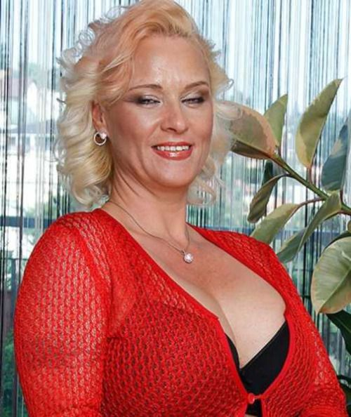 la spezia mature women dating site Mature romanian women - browse 1000s of romanian dating profiles for free at russiancupidcom by joining today.