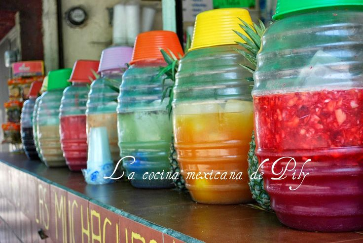 Aguas frescas/Aguas de sabores (35 recetas diferentes) - http://www.mytaste.mx/r/aguas-frescas-aguas-de-sabores-35-recetas-diferentes-1313979.html