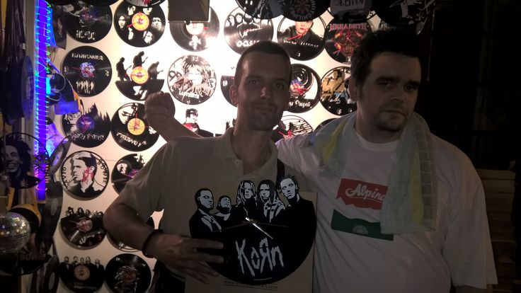 Vinyl Planet Clock KORN - FRIENDS galleries