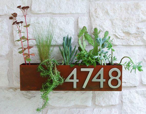 Mid-Century succulentes mur creux planteur & par UrbanMettle