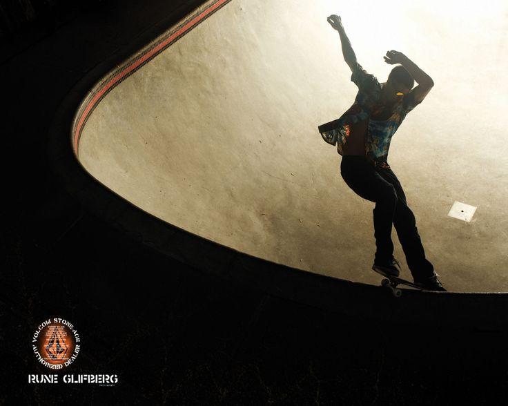 rune glifberg skateboarder   Rune Glifberg Bowl Grind Wallpaper
