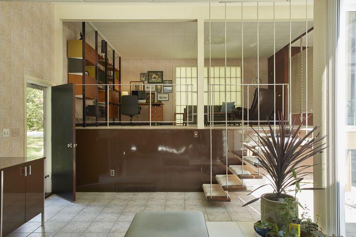 Swingin' '60s pad on the market for $700K - Curbedclockmenumore-arrownoyes : The Hayes Kelley house is full of original details