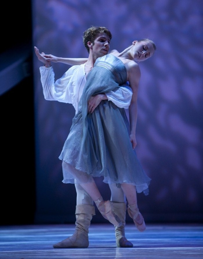 Lucien Postlewaite and Carla Körbes in the balcony pas de deux from Jean-Christophe Maillot's Roméo et Juliette. Pacific Northwest Ballet - Photograph © Angela Sterling - Ballet, балет, Ballerina, Балерина, Dancer, Danse, Танцуйте, Dancing