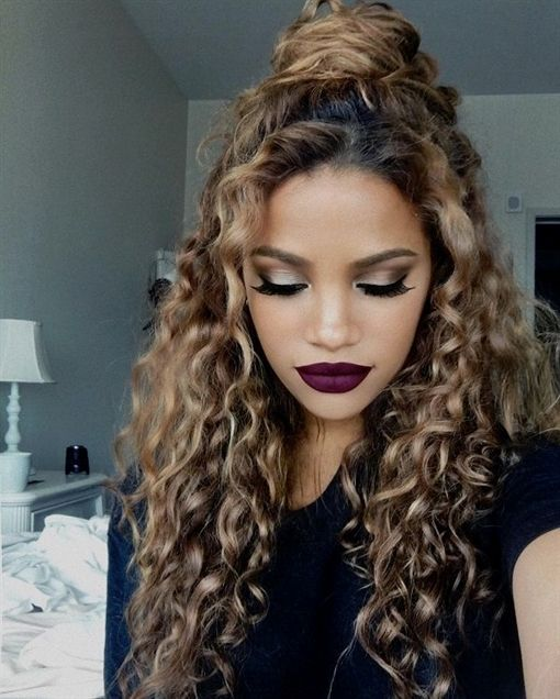 Ideas to make hairstyle of curly hair #natural curls #festlichefrisuren #haarband #middle hair #long-curly #selbermachen #anleitung # halboff …