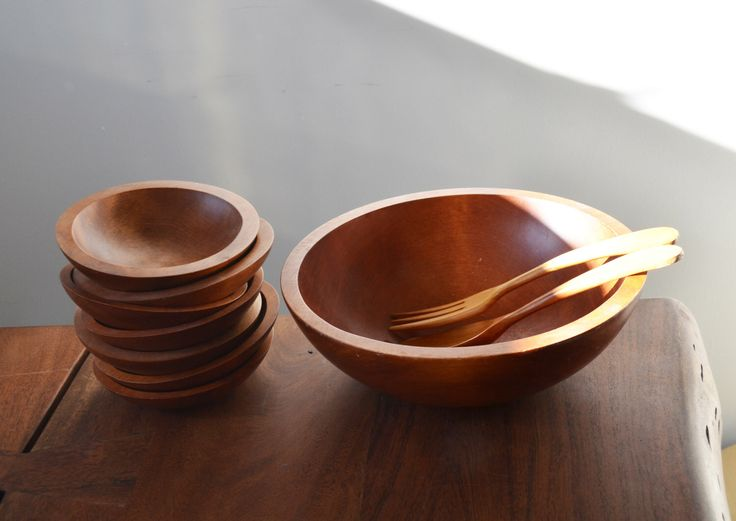 Mid Century Baribocraft maple stained Salad Bowl set with servers, 10 Pieces - vintage Canadiana 1960s Montreal by Trashtiques on Etsy https://www.etsy.com/ca/listing/465020575/mid-century-baribocraft-maple-stained