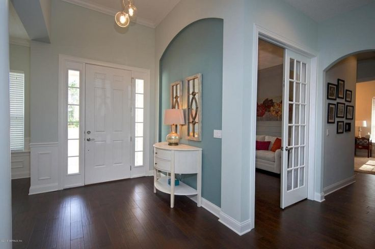 33 Gorgeous Foyers With Wainscoting Wainscoting Teal