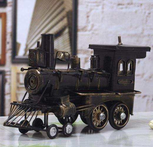 2015 nuevo estilo vintage locomotora modelo metal de soldadura imitación antigua tren de vapor de hierro artesanía juguete de los viejos tiempos envío gratuito(China (Mainland))