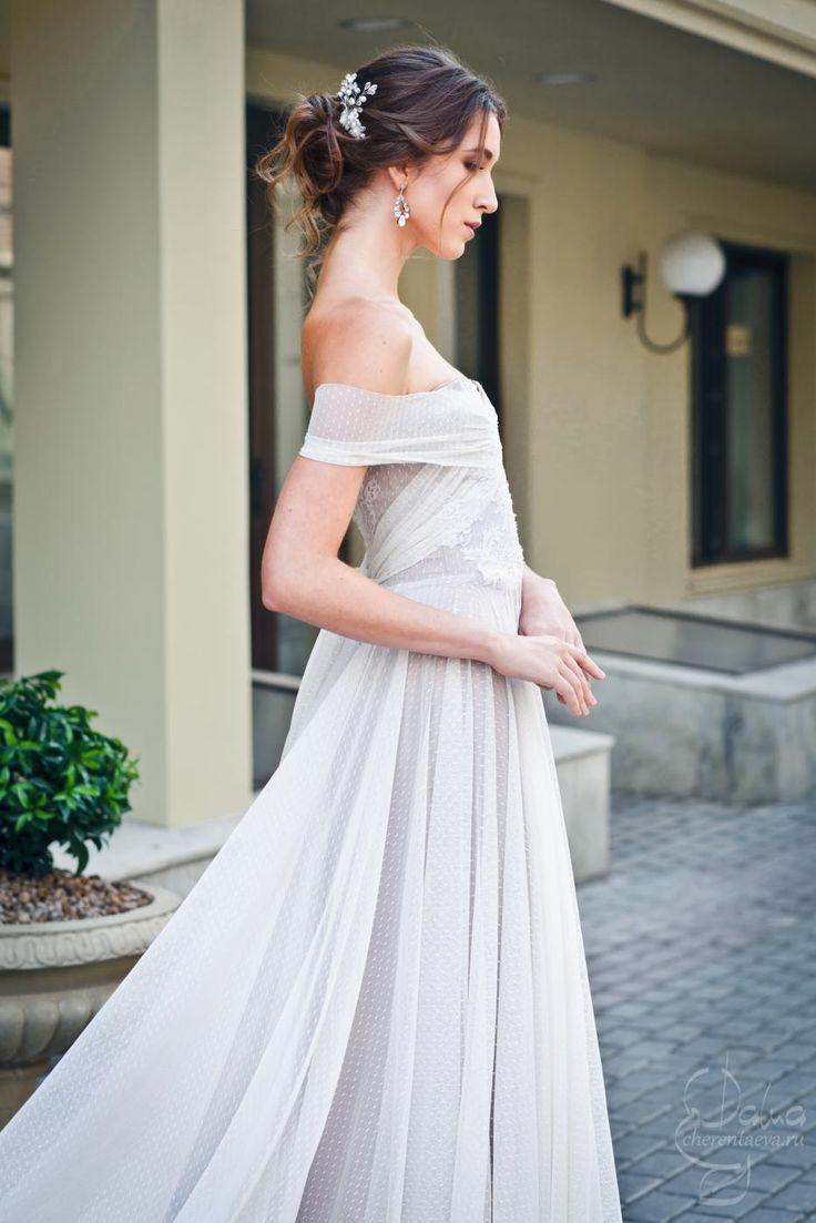 2015 свадебный образ и небрежный низкий пучок wedding bride make-up and hair blue eyesMUA&H Дарья Черентаева