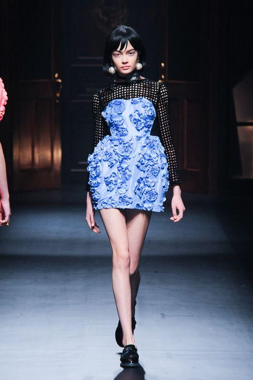 スレトシス(Sretsis) 2014-15年秋冬コレクション Gallery51 - ファッションプレス