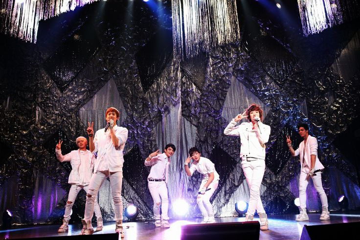 you can download all of #Show, #Stage, #TeenTop wallpaper collections for free. Teen Top On The Stage HD Wallpaper image and dekstop background in many resolutions.